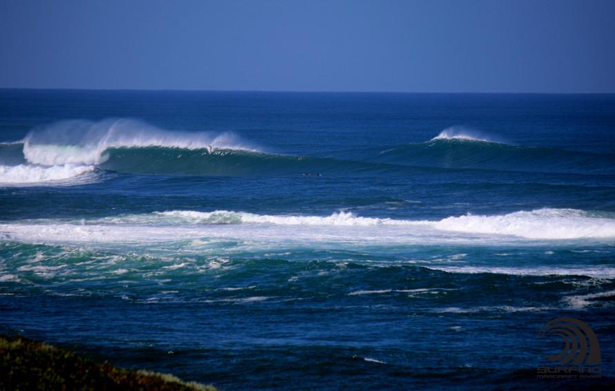 big waves at boaties