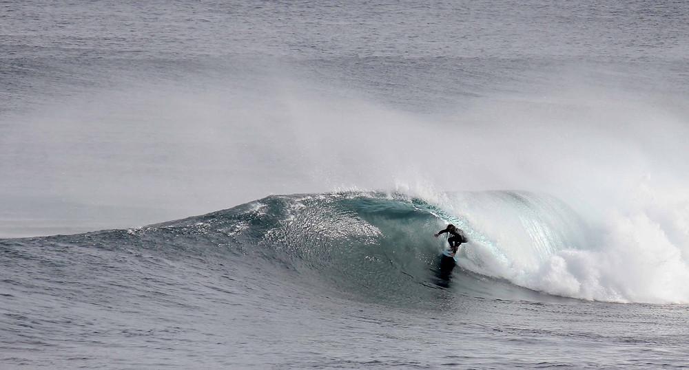 surfing margaret river, around margies, barrel