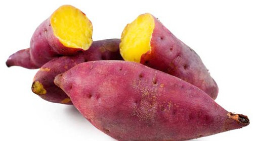 Ritmo Julino: batata-doce assada com sementes e molho de tahine!