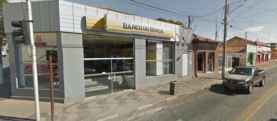 Agência do Banco do Brasil é invadida em Posse e ladrões levam revólveres dos vigias