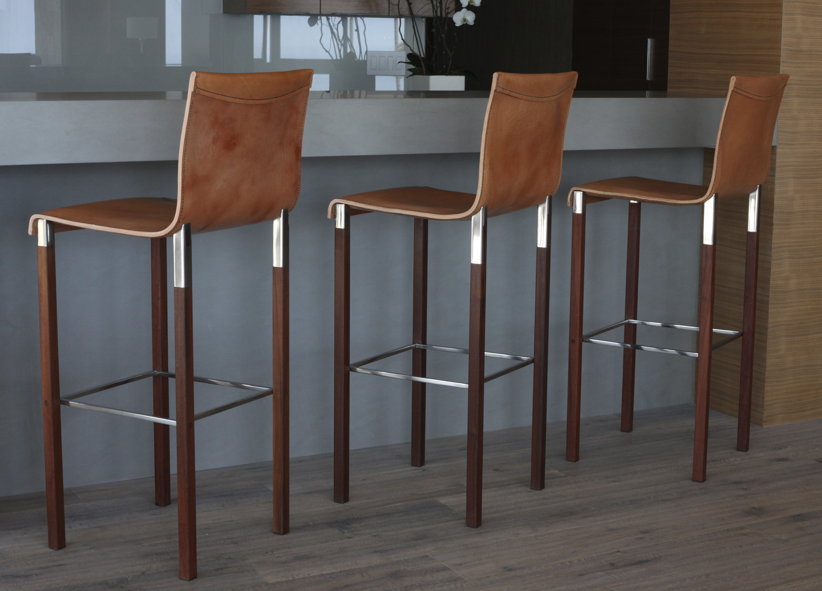 Terrific Designer Chairs And Furniture Gallery Zele Gmtry Best Dining Table And Chair Ideas Images Gmtryco