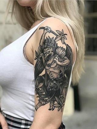 Japonské tetování - Black House Tattoo Praha - pro muže - pro ženy - démon na ruce pro ženy