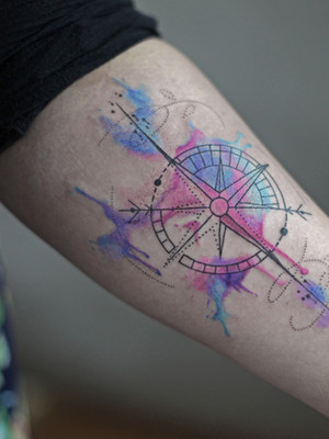 avant-bras - tatouage aquarelle - tatouage aquarelle - tatouage maison noire prague