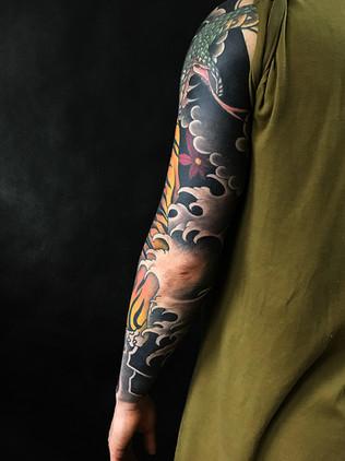 Japonské tetování - Black House Tattoo Praha - pro muže - pro ženy - drak a tygr