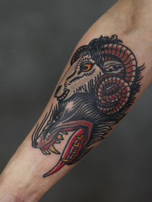 wolf in sheepskin coat - oldschool tattoo - black house tattoo prague