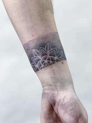 Dotwork Tattoos - Black House Tattoo Prague - Tattoos for Women - Tattoos for Men - Forearm - Mandala