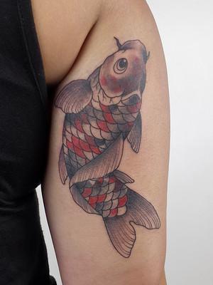 Tatouages japonais - Black House Tattoo Prague - pour homme - pour femme - carpe pour femme