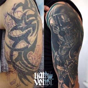 prekryti-tetovani-cover-up-rameno.jpg