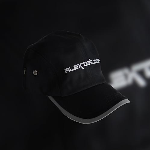 Gorra logotipo reflejante color negra