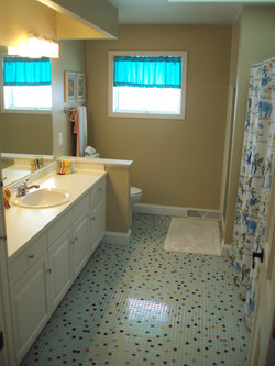 New lighting&faucet  Staged to Sell!
