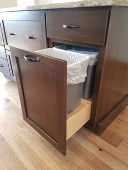 Pull-Out Garbage
