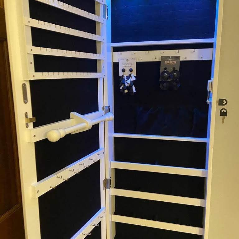 LED Jewlery Storage