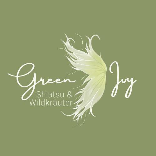 Green Ivy_Logo.png