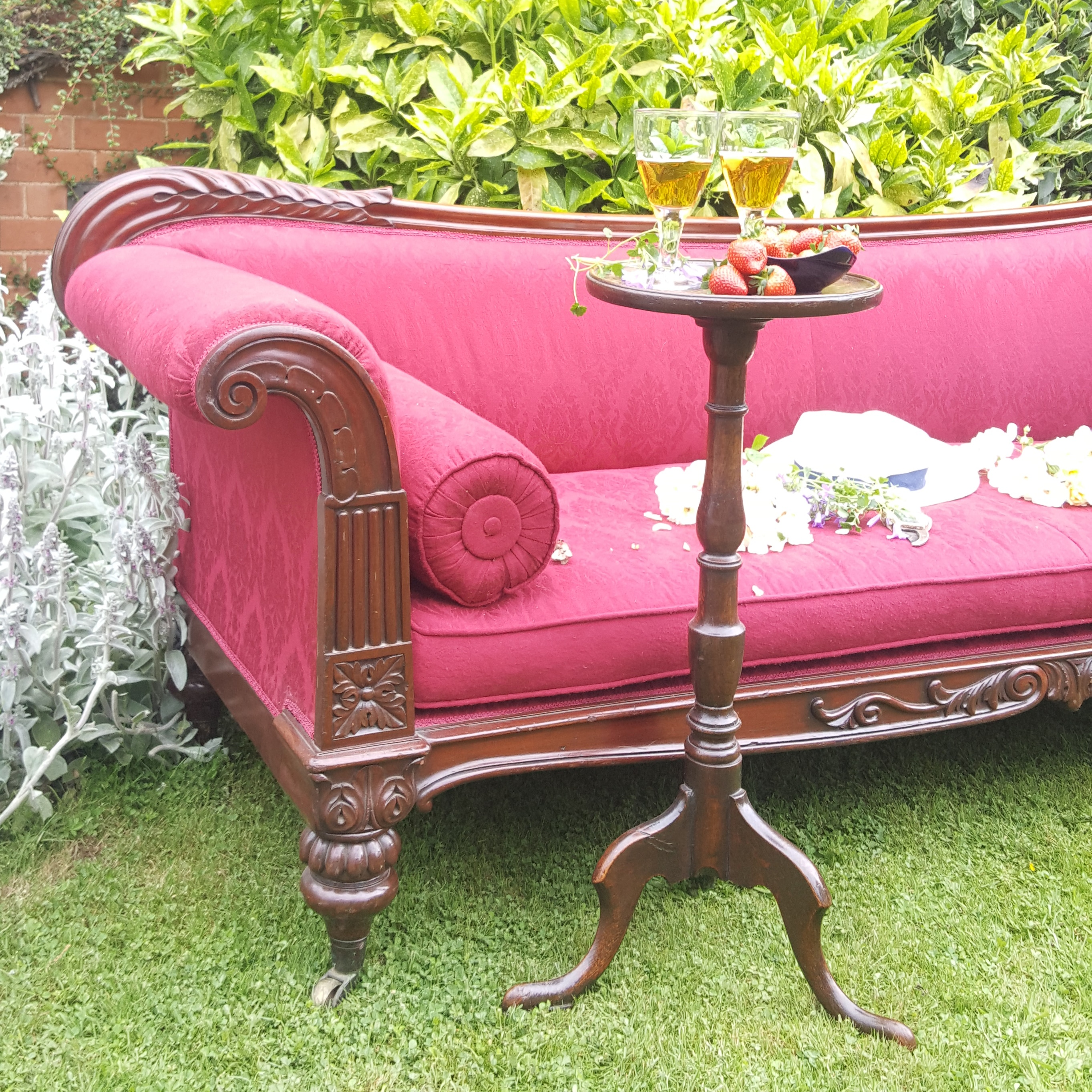 William IV Sofa