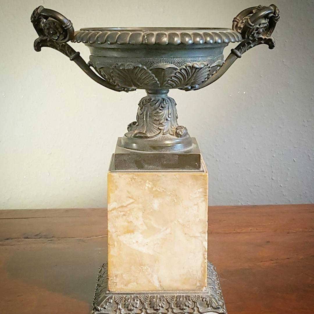 Bronze Tazza