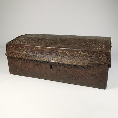 18th CENTURY SPANISH COLONIAL LEATHER-COVERED DOCUMENT BOX