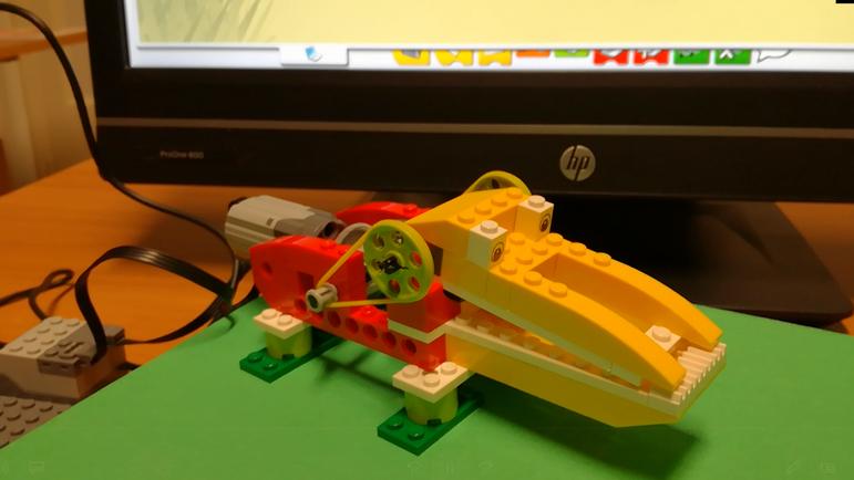 Lego WeDo_4.png