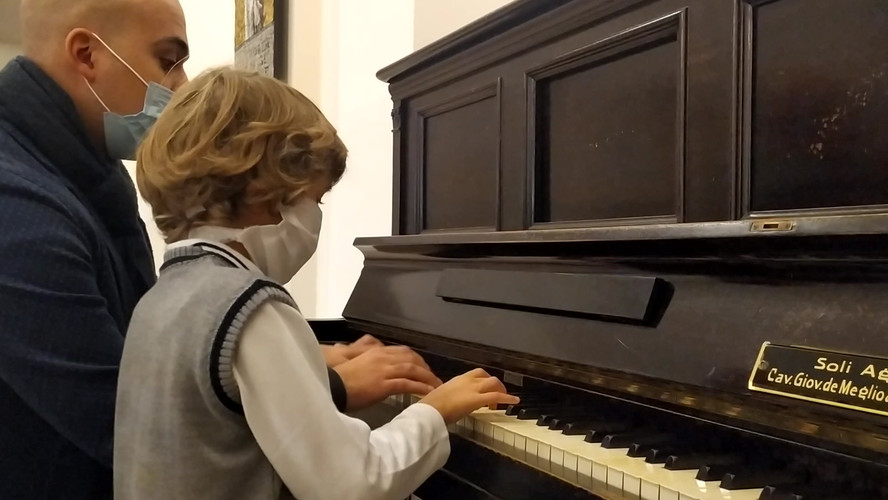 video cecilia piano.mp4