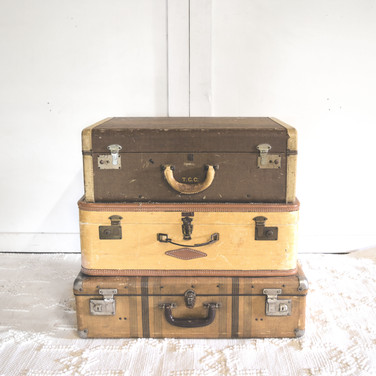 assorted vintage suitcases  qty. 5