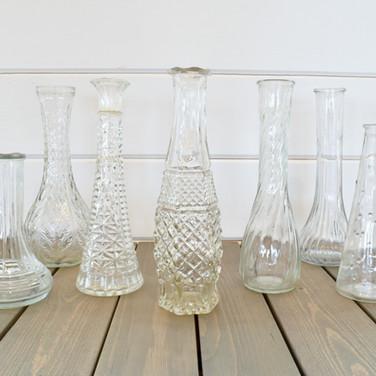 clear glass budvases  1. ea  qty. 25