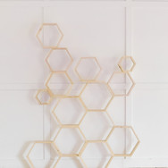 multi honeycomb backdrop in natural finish