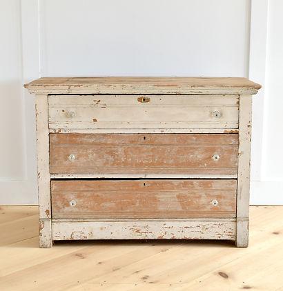 vintage rentals furniture