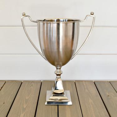trophy  10.  qty. 1