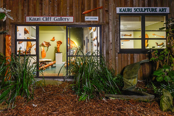 Visit Kauri Cliff Art Gallery in Whangamata, Coromandel, New Zealand