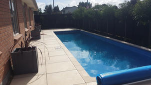 Designer gardens auckland pool pavingg