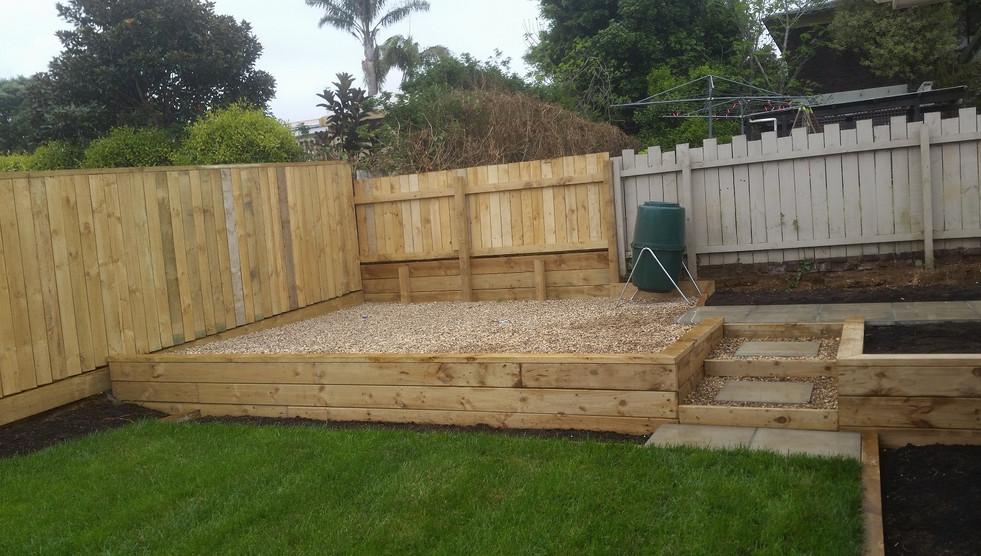 Designer gardens fence and garden