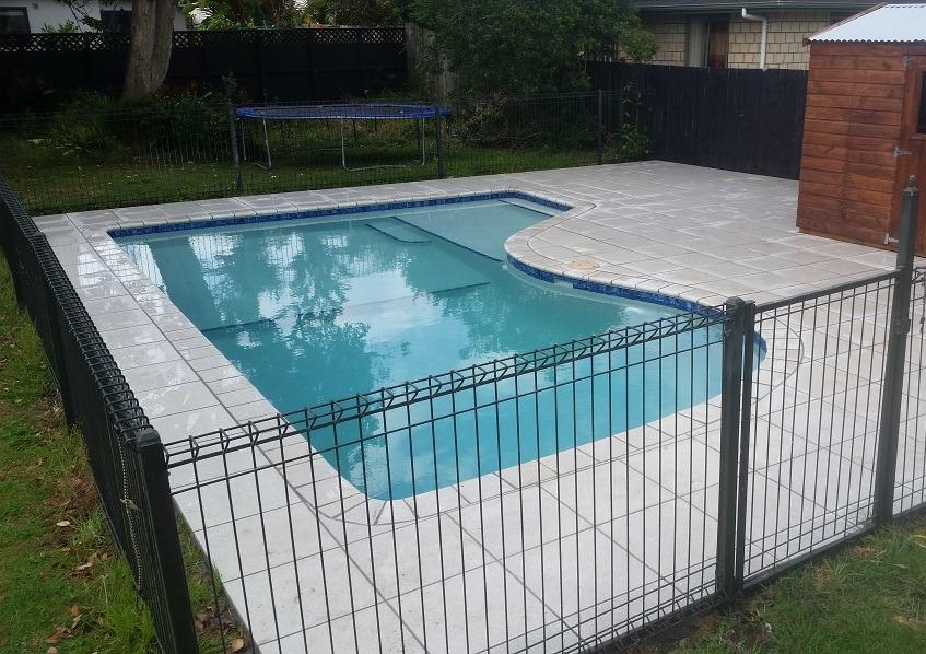Designer gardens pool pavers