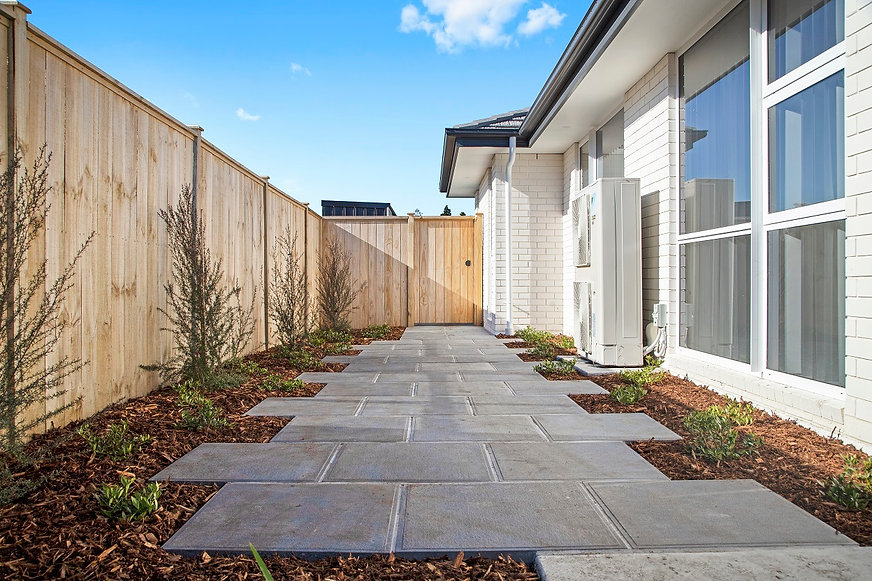landscaping south auckland resize 4.jpg