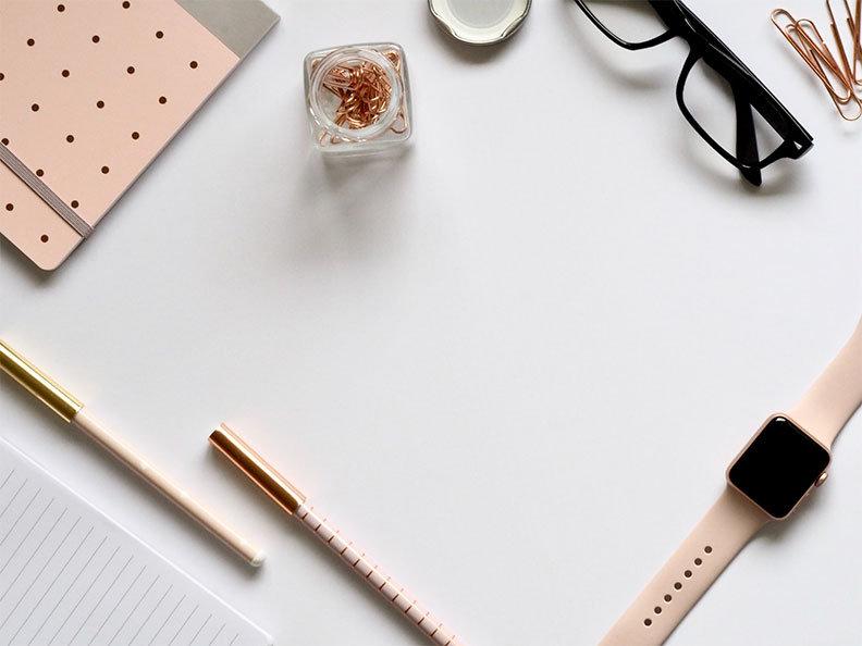 office-flatlay-copper.jpg
