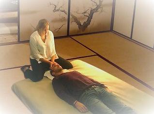 Séance de shiatsu therapeutique à Tours centre