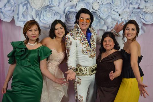 Helde Elvis.jpg