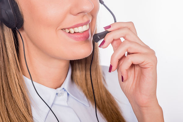 beautiful-young-call-center-assistant-sm