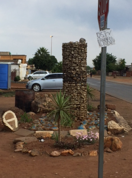 Simon showed me an area where the Boitshepong Foundation is creating structures to beautify Tembisa. A beautiful street. https://www.myhandsandheart.org/org/Boitshepong-Foundation