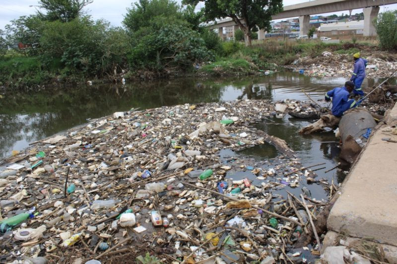 Organisations like his, and the Hennops Blue Horizon have continued to try to fight the pollution of the river by educating those who live nearby.  Earlier this week, Snyman and his team mobilised a group of Centurion residents to try to clean up the Riverview Park area.