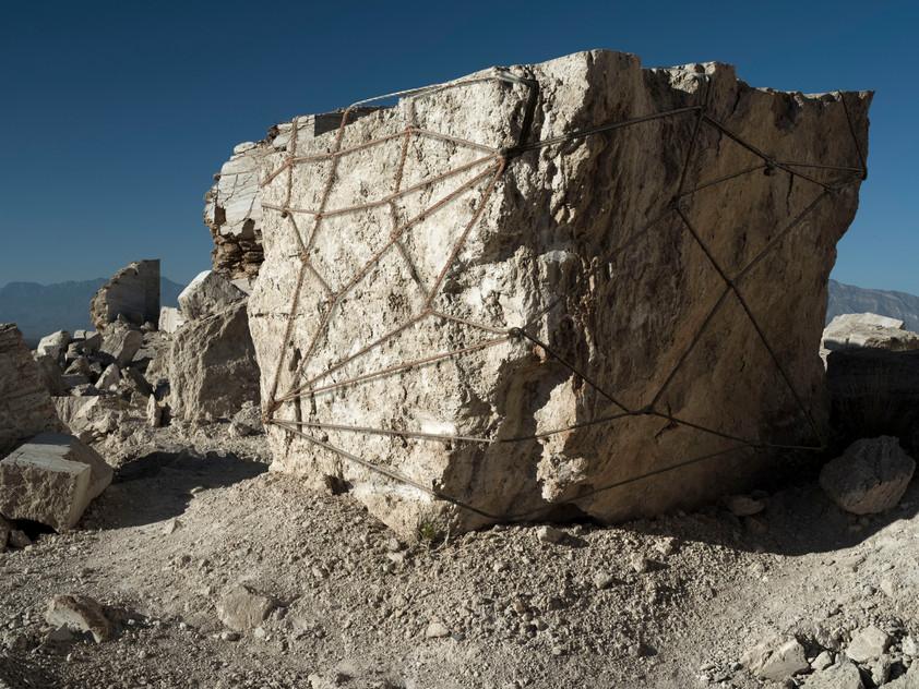 Roca atada