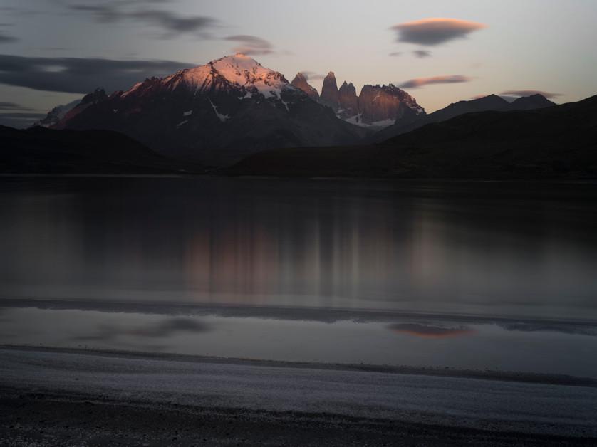 Torres del Paine al Amanecer