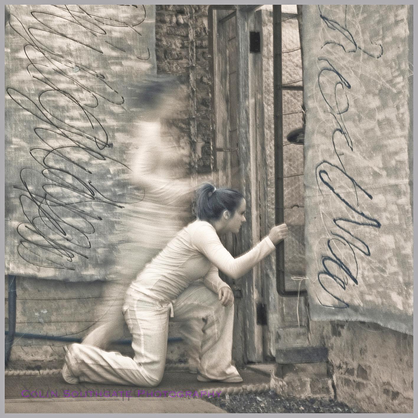 KATE WIGGS LIVE ART - THE ESCAPE