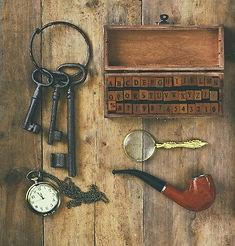 Detektivmaterial Krimitour Malaga. Entdecke das Zentrum von Malaga auf unserer privaten Stadtabenteuern. Das Erlebnis für euren Urlaub oder eure Reise. www.malagacityadventure.com