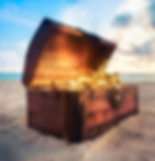 Treasure chest at the beach. Your holiday adventure, Sightseeing Treasure Hunt in Malaga. Explore the historical center of Malaga on a private scavenger hunt. https://www.malagacityadventure.com/what-to-do-sightseeing-attractions