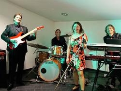 Quartett mit Schlagzeuger 3
