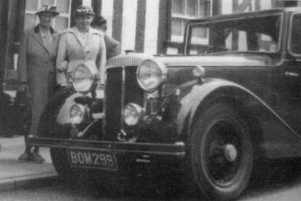 2) Arthur Mulliner Saloon Driving Member BOM299