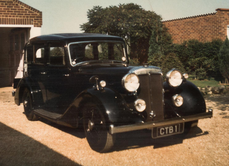 1) Daimler-bodied 6-light Saloon B.E.Smith Collection CTB 1