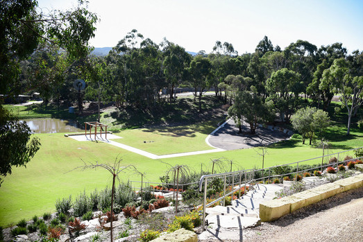 Hahndorf views grounds.jpg