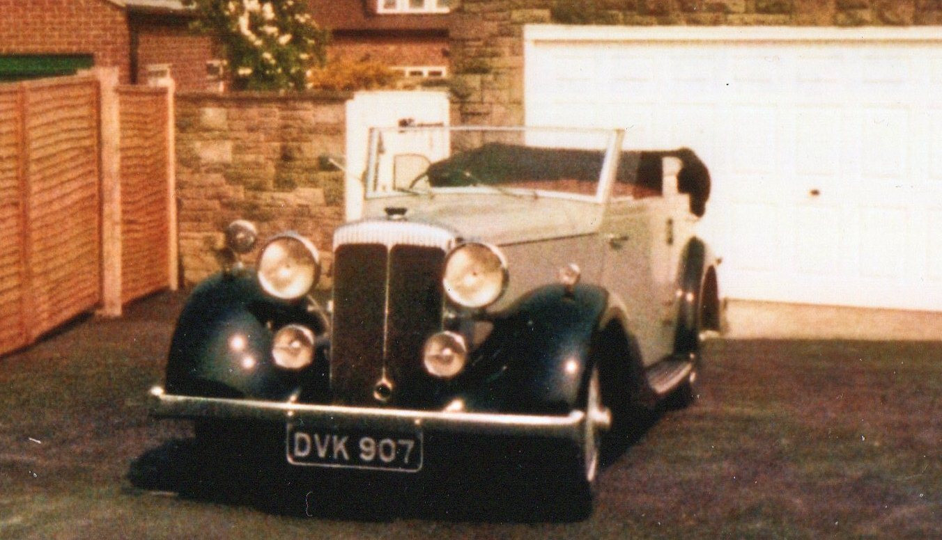 1) Martin Walter Ltd. Wingham Cabriolet B.E.Smith Collection