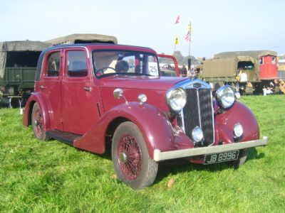 1) Lanchester 4-light Sports Saloon JB8996 O.D.Philpot Collection