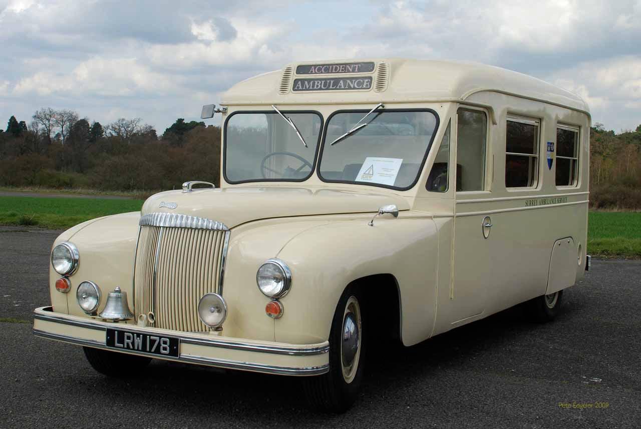 Daimler DC27 LRW178 Daimler Ambulance.jp